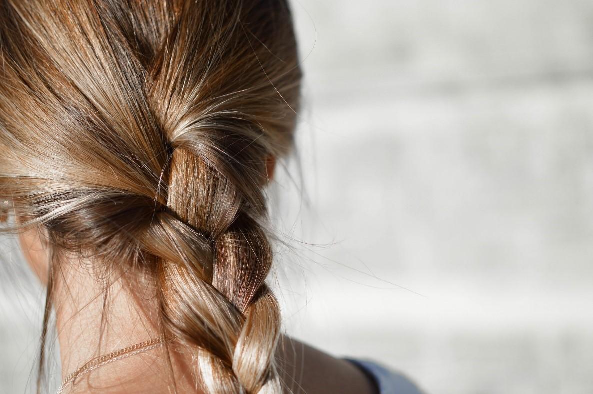 penteados com tranças em cabelos curtos