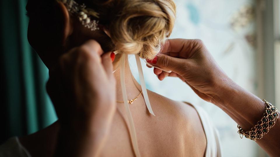 penteados para noivas de coque