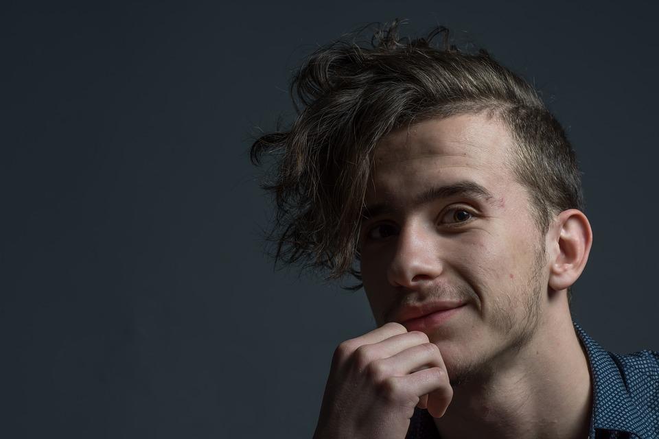 penteados masculinos com franja