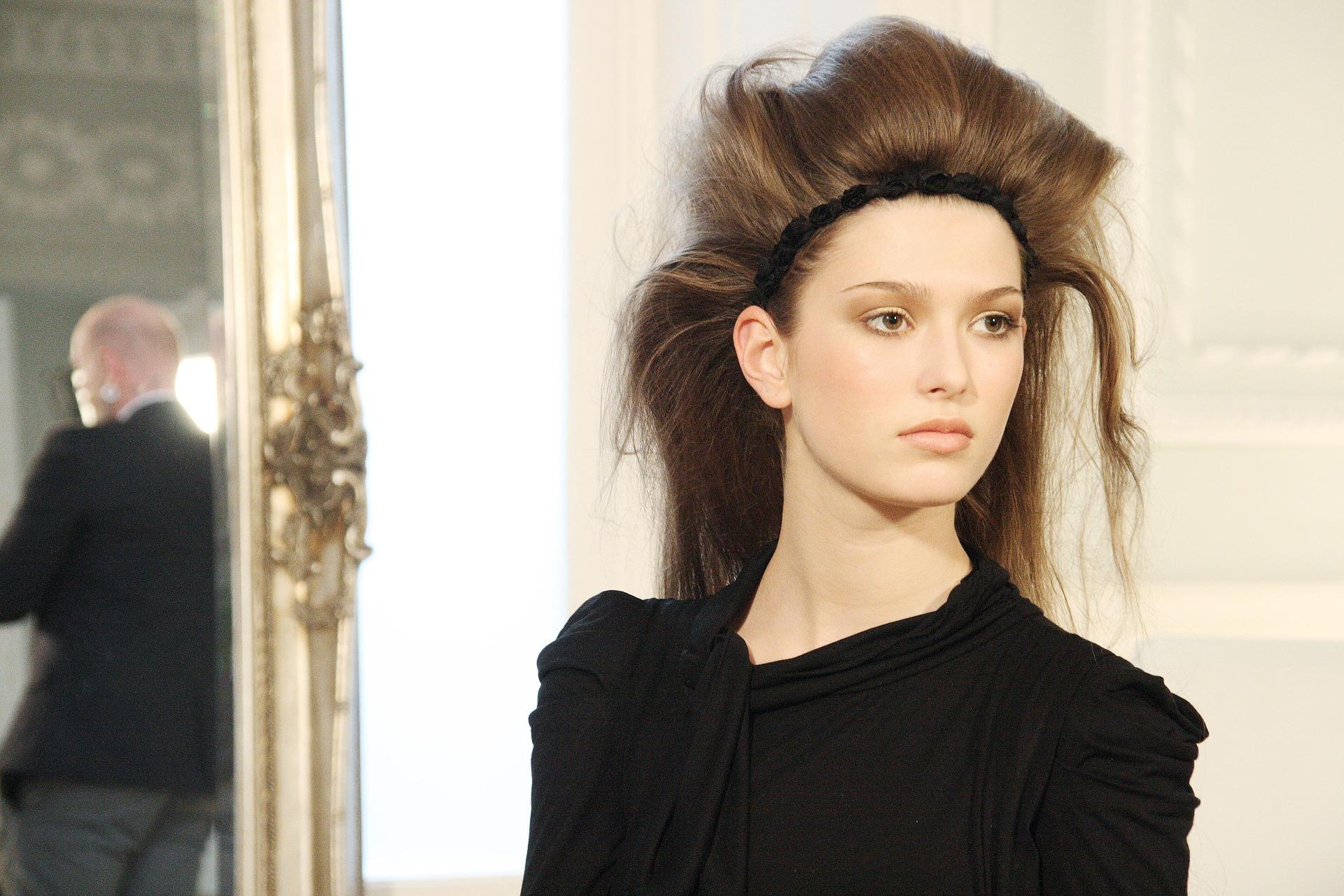 penteado com topete como fazer