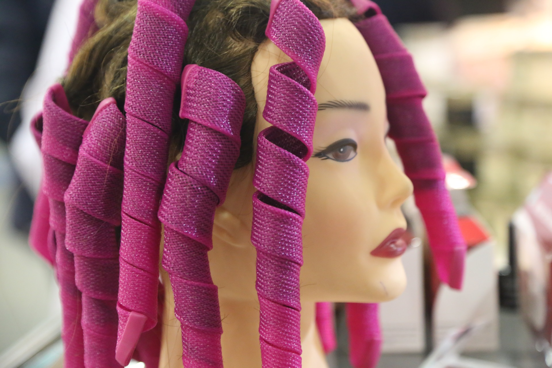 penteados para cabelos cacheados faceis de fazer
